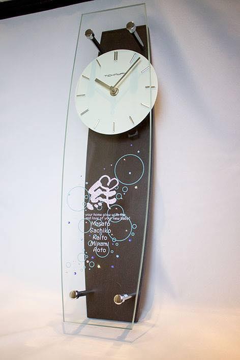 出産祝いにデコ時計のプレゼント